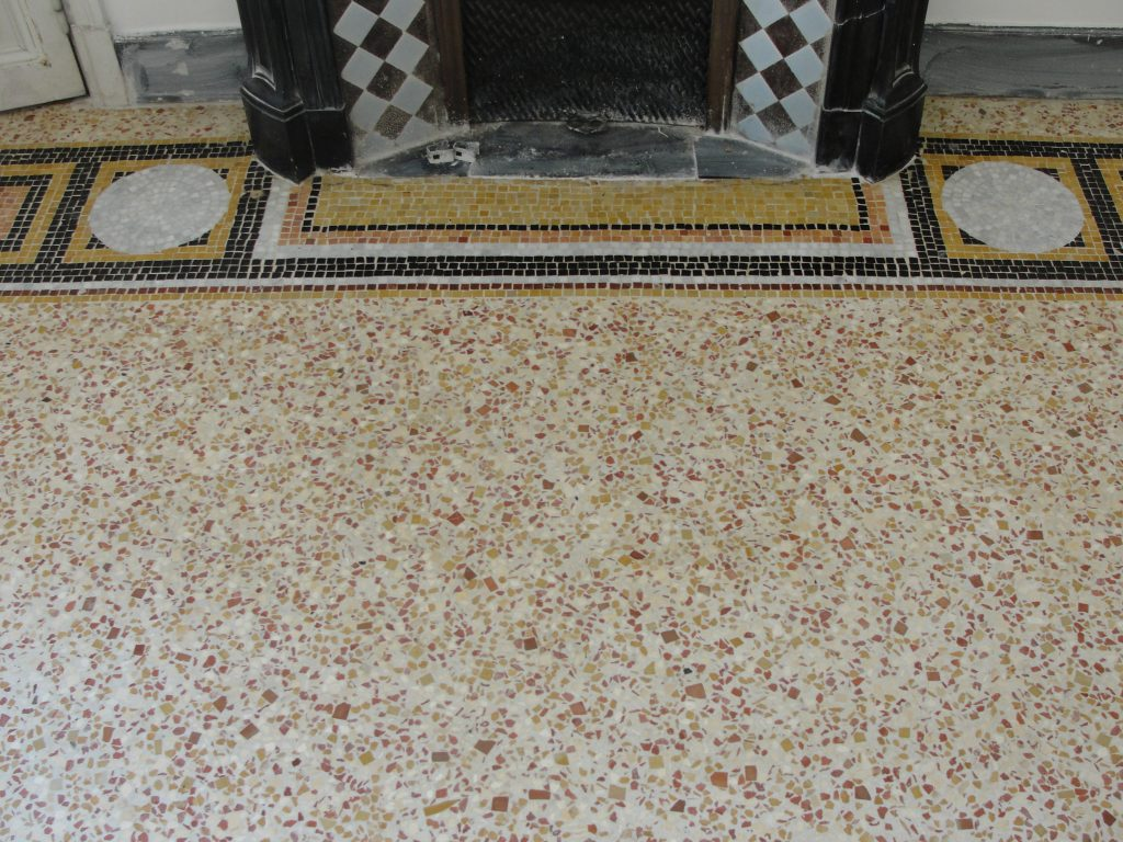 Fin de restauration mosaïque ancienne - SOLAG