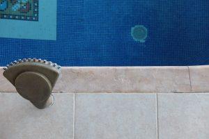 Comblement et patines sur marbre - SOLAG