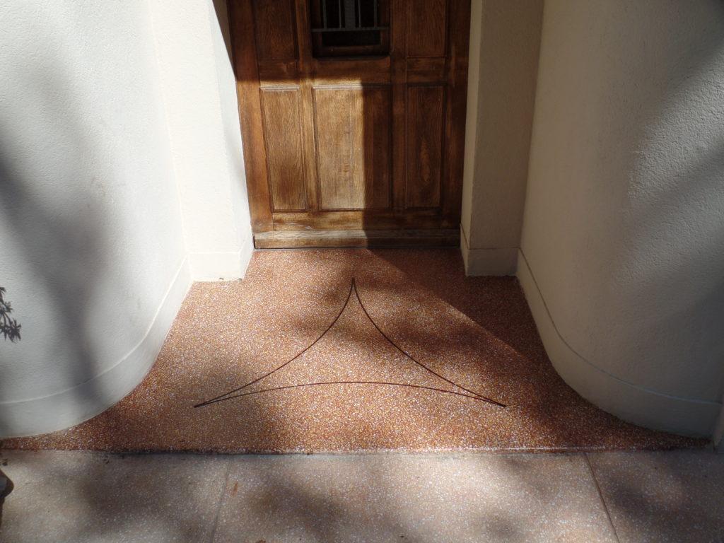 Rénovation d'un palier extérieur en granito tâché à Saint-Saturnin-les-Avignon