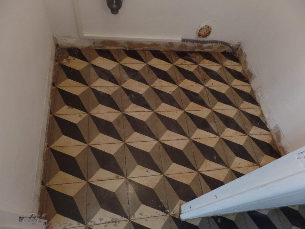 Après la rénovation d'un sol en carreau de ciment à Charleval