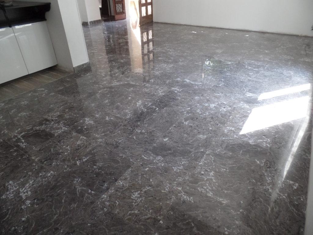 Après la rénovation du marbre noir