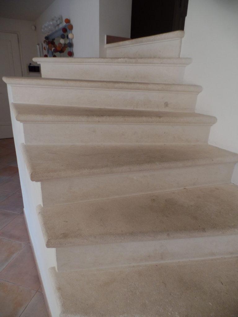 Avant la rénovation de l'escalier en pierre