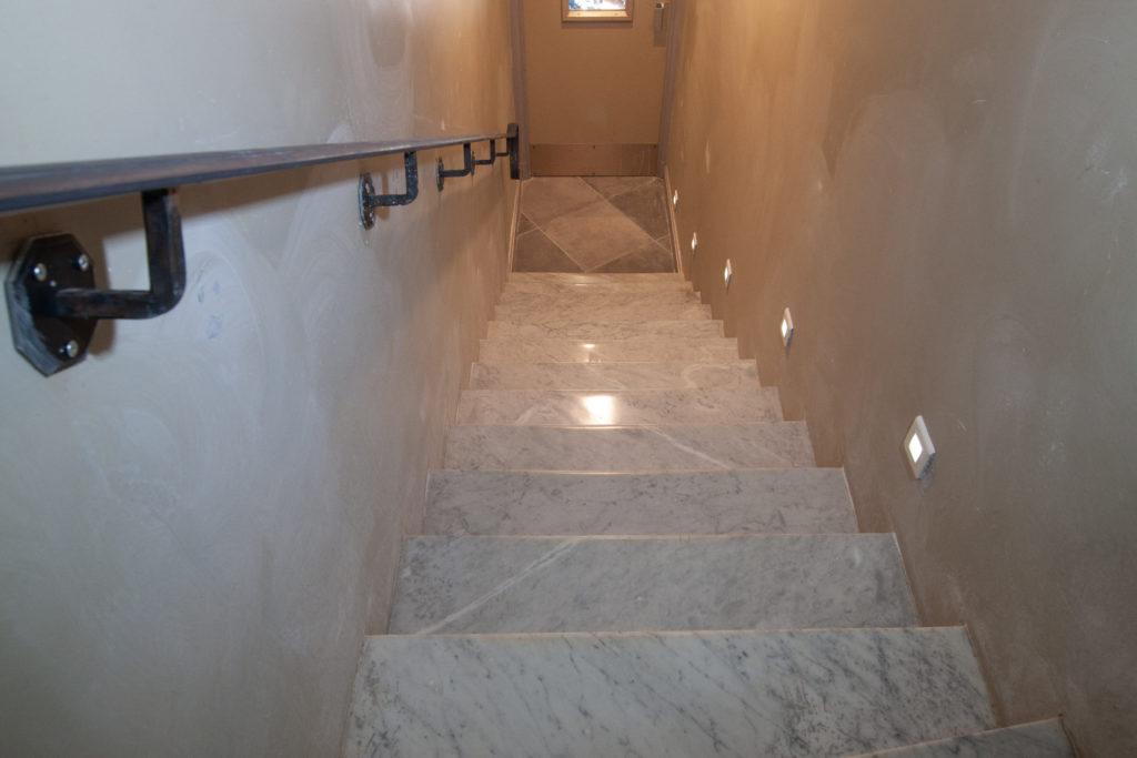 Restauration d'un escalier en Marbre poli